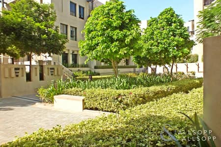 2 Bedroom Flat for Rent in Old Town, Dubai - 2 Bedrooms | Old Town Yansoon | Burj View