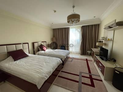2 Bedroom Flat for Sale in Palm Jumeirah, Dubai - Live Luxurious Life in Luxury Furnished Apartment