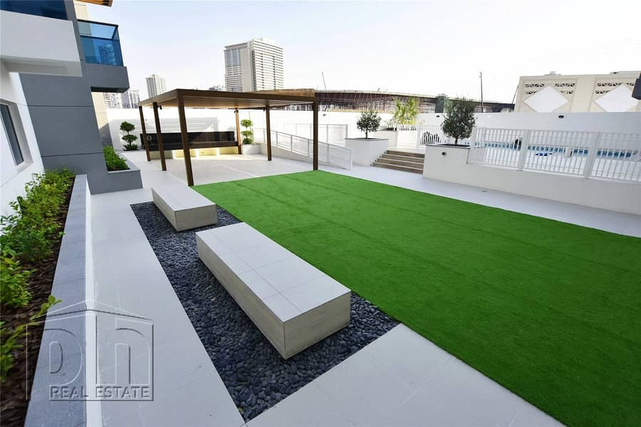 10 Private Terrace | Brand New | Clean Finish