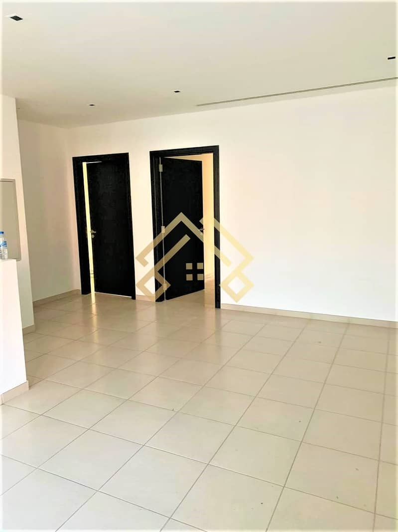 2 Well Maintained Elegant  2 Bedroom Townhouse For Rent in JVC..