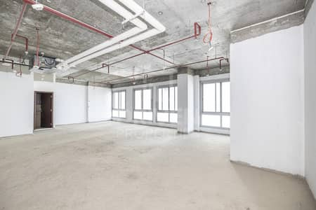 Office for Sale in Business Bay, Dubai - High Floor Level | Shell and Core Office