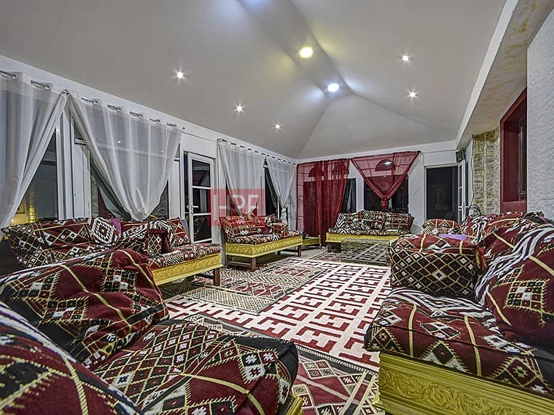 13 Upgraded Extended Prime Location Majlis House 