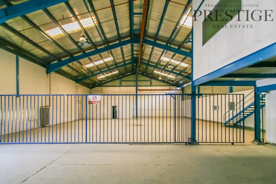 2 Multi use Commercial complex - Warehouse | Office's