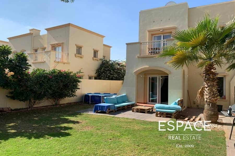 Available 18th March | Excellent Condition | Corner Unit