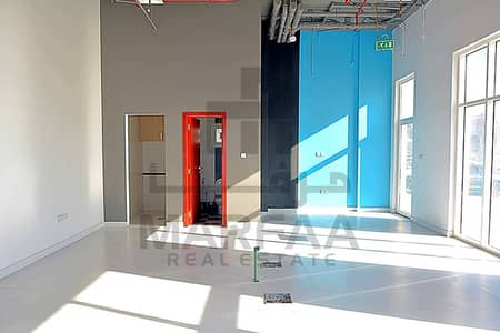 Shop for Rent in Al Nasserya, Sharjah - FULLY DECORATED SHOP AVAILABLE FOR RENT (NO COMMISSION)