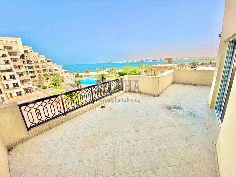 Great Investment! 2BR+Maid's room   Sea View!