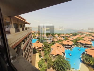 4 Bedroom Penthouse for Sale in Palm Jumeirah, Dubai - View of Famous Landmarks I Private Pool I Duplex