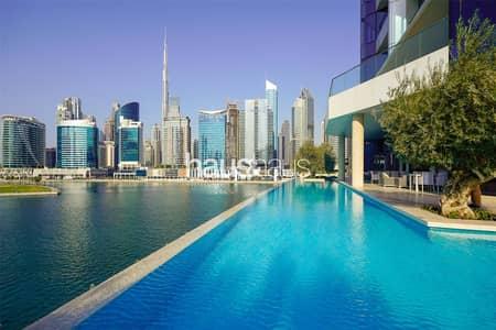 بنتهاوس 5 غرف نوم للبيع في الخليج التجاري، دبي - Full floor penthouse | View today | Call Isabella
