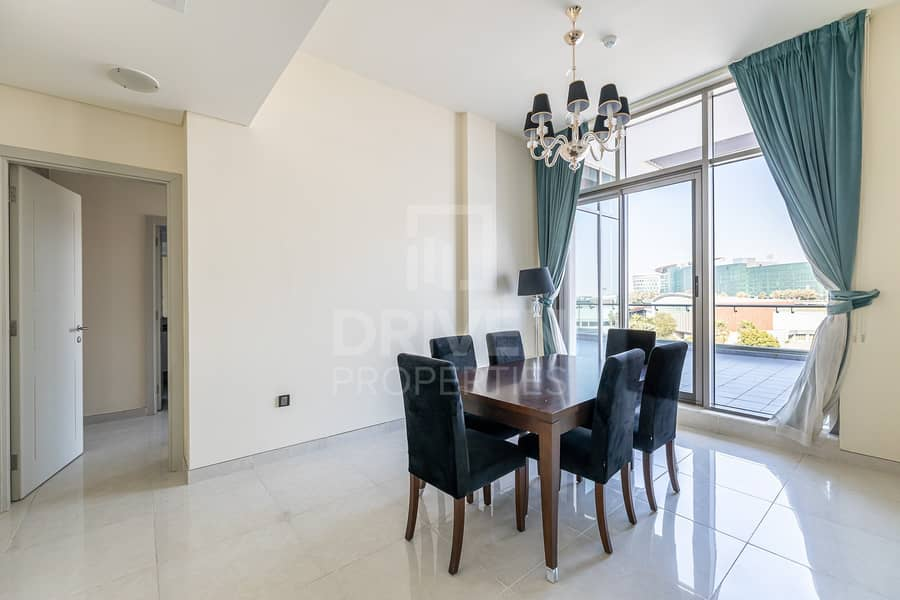 2 Furnished Apartment with Community Views