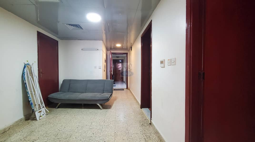 17 DEAL! Good 1 bed room flat in Hmadan st (zayani area ) rent only 32000