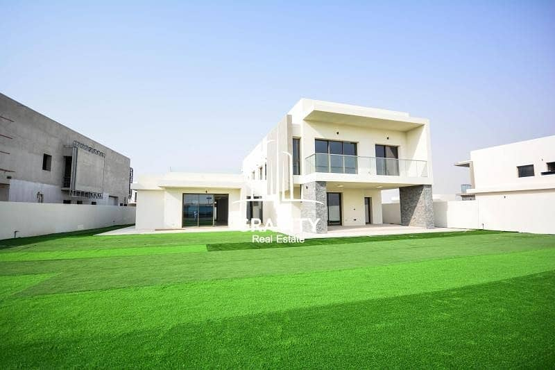 2 The most luxurious 5BR Villa in Yas Island