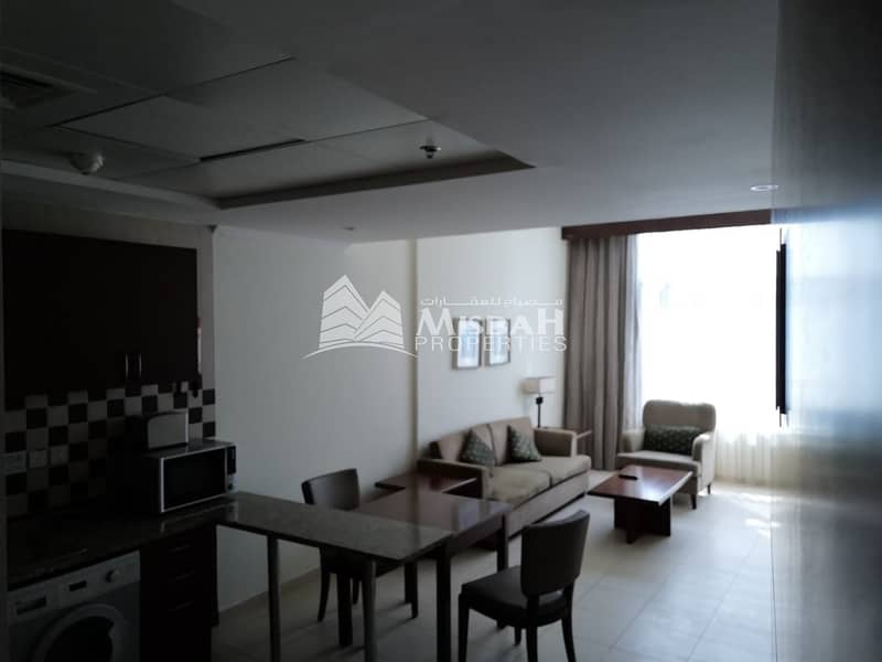 12 FULLY FURNISHED 1 BHK OPEN KITCHEN FULLY FAMILY BUILDING
