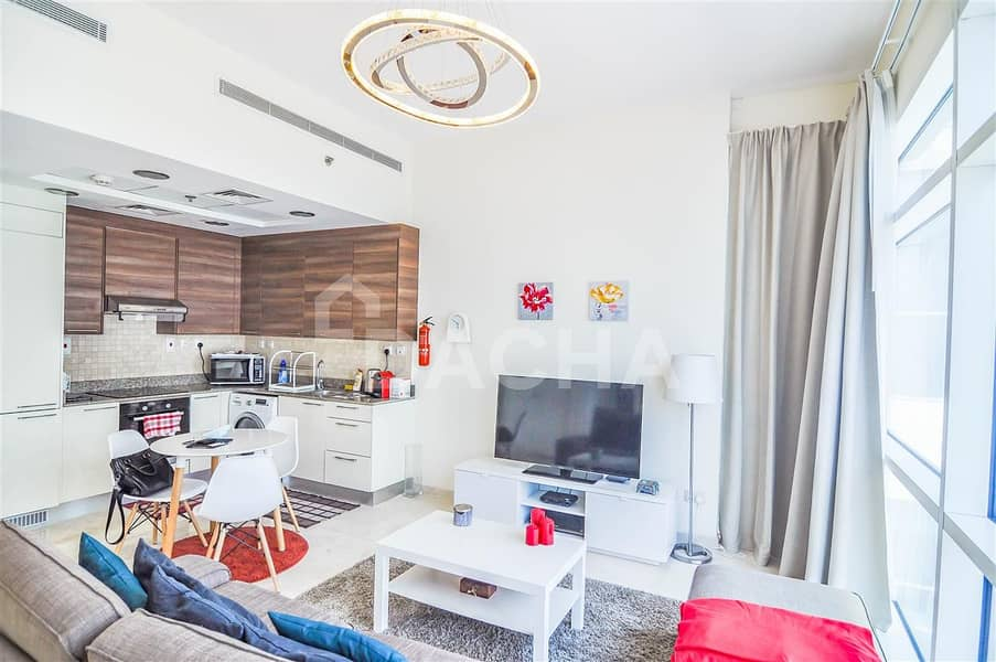 2 Furnished / / 1 Bed with Canal View