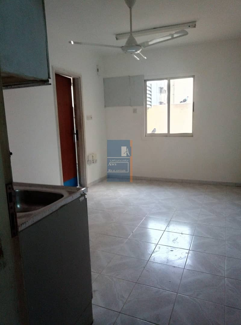 2 AVAILABLE STUDIO UNIT FOR FAMILY AND BACHELORS in AWS 419 BUILDING BURDUBAI