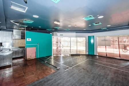 Shop for Rent in Jumeirah Lake Towers (JLT), Dubai - Fitted Retail  | Close to Metro | Parking