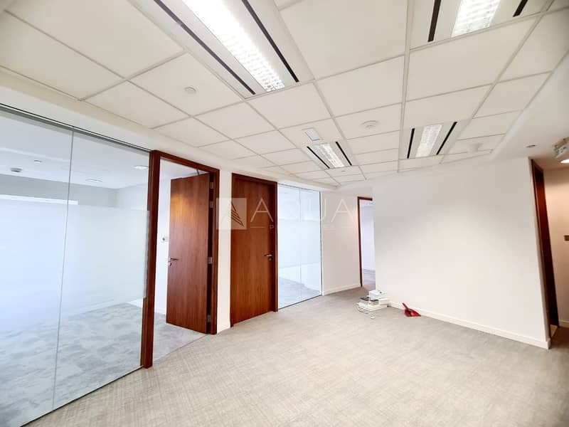 2 Nice office | Fitted | near metro | SZR.