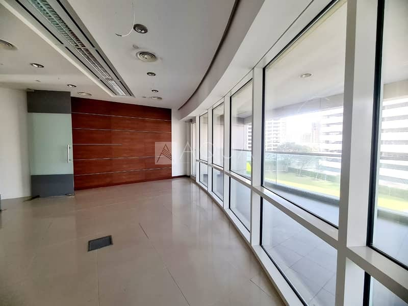 Nice office | Fitted | near metro | SZR.