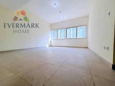 شقة في شارع الفلاح 2 غرف 54999 درهم - 4968337