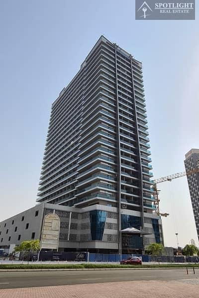 شقة 1 غرفة نوم للبيع في الخليج التجاري، دبي - Fully Furnished 1 Bedroom | Lake view | for Sale