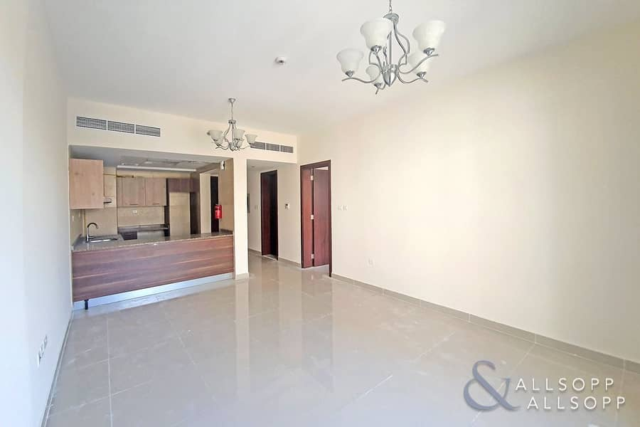 2 One Bed | Large Balcony | One Month Free