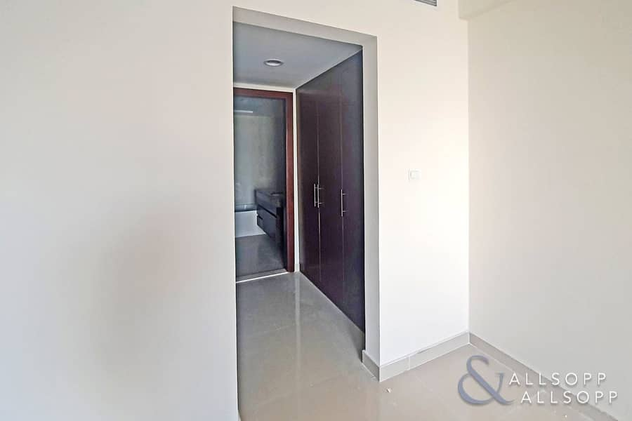 10 One Bed | Large Balcony | One Month Free