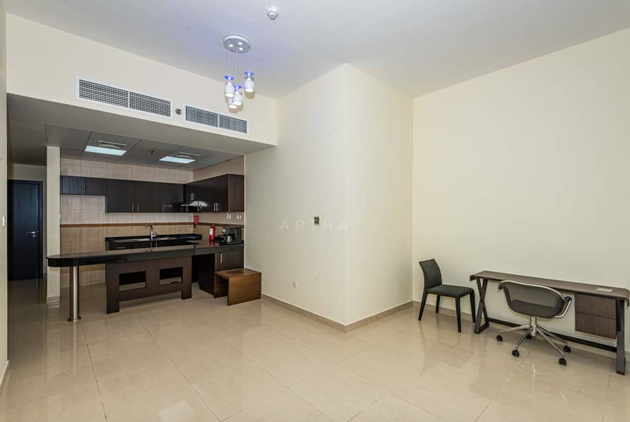 2 60 days Free | Bright  Apartment | Accessible to SZR