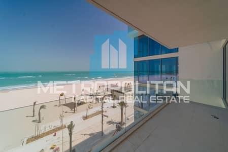 2 Bedroom Apartment for Rent in Saadiyat Island, Abu Dhabi - Amazing Sea View   Beach Access  Spacious Layout