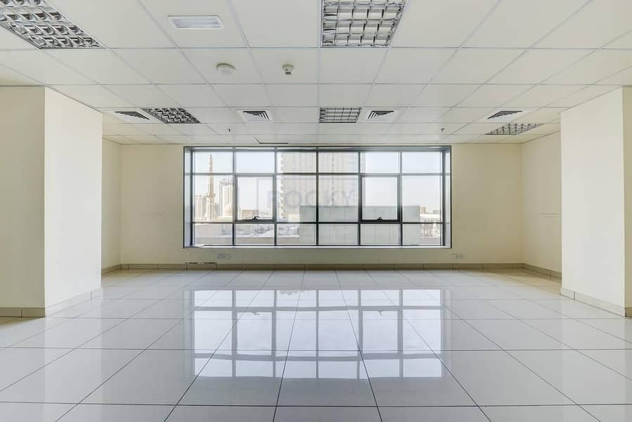 2 080 Sq.Ft Office with Central A/C | Sharjah