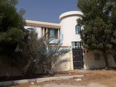 8 Bedroom Villa for Rent in Muwafjah, Sharjah - Nice Villa 8 Bedroom in muwfjah Sharjah
