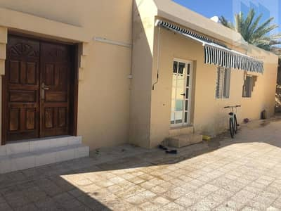 Corner villa for sale in prime location in Al Mamzar
