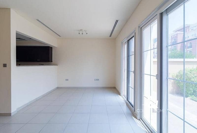 2 UPgraded 1 bed TH | Middle unit | Rented Assert