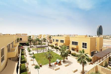 3 Bedroom Townhouse for Sale in Al Raha Gardens, Abu Dhabi - Lovingly-maintained House Perfect For The Family