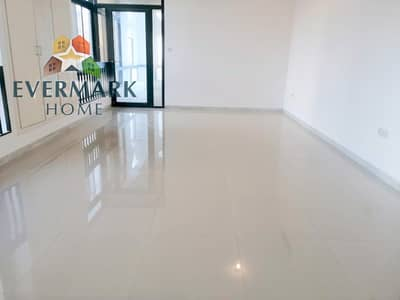 3 Bedroom Flat for Rent in Tourist Club Area (TCA), Abu Dhabi - Hot Offer | Spacious 3 Bedroom Apartment with Maid's Room & Balcony