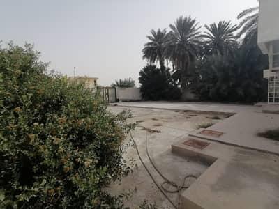 4 Bedroom Villa for Sale in Al Ghafia, Sharjah - Villa for sale in Sharjah, Al Ghafia area, with electricity.