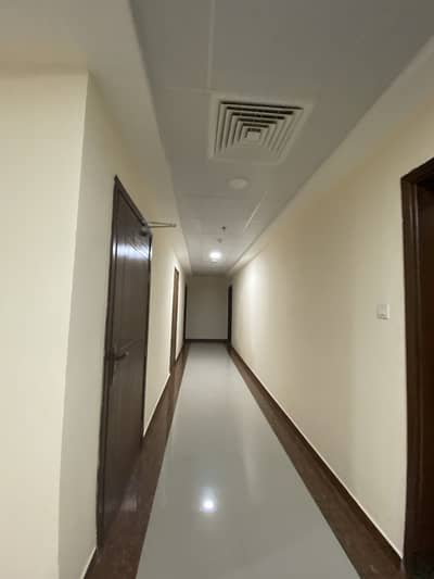 BRAND NEW  !!!1  BHK FOR SALE IN FORTUNE  TOWER FOR SALE WITH PARKING  ( GOVERNMENT ELECTRICITY)