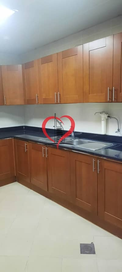 Awesome 3 BR Hall in Al Wahda