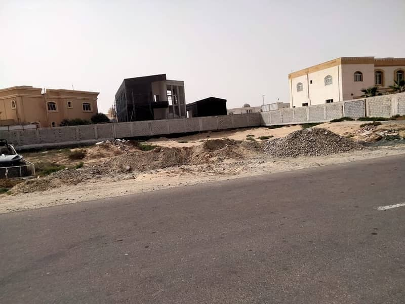 A plot of land for sale in the Al Jarf area 10 residential on Qar Street and a very special location at a reasonable price