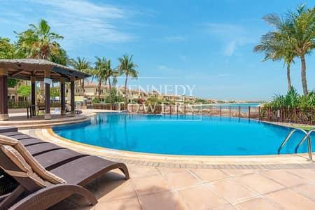 4 Bedroom Villa for Rent in Palm Jumeirah, Dubai - Sought-After Location | Amazing Villa | Beachfront