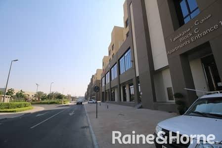 مبنى سكني  للايجار في المدينة العالمية، دبي - Full and Partial Building  | Attractive Prices