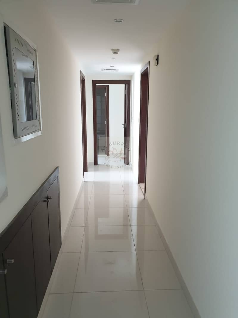 2 2 BHK IN BUSNESS BAY WITH CANAL VIEW INCLUDES 1 MONTH FREE