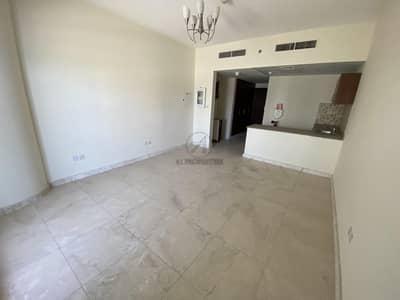 استوديو  للايجار في الخليج التجاري، دبي - Vacant | High Floor