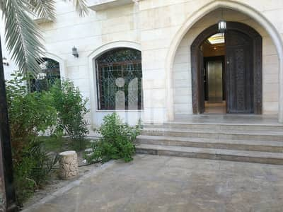 فیلا 8 غرف نوم للايجار في بين الجسرين، أبوظبي - Spacious 8 Master BR villa with Big Garden.