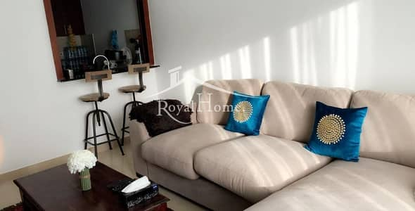 Amazing furnished unit with best view