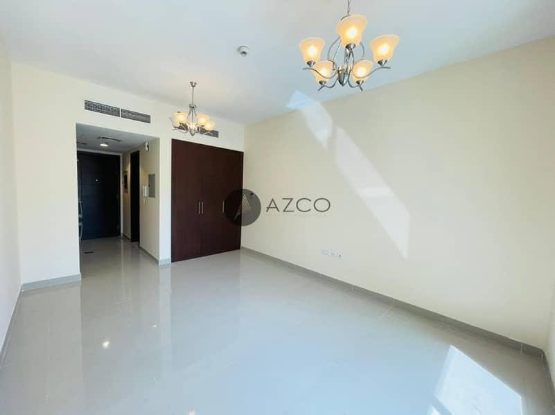 2 Pool View Studio| Huge Balcony| Kitchen Appliances