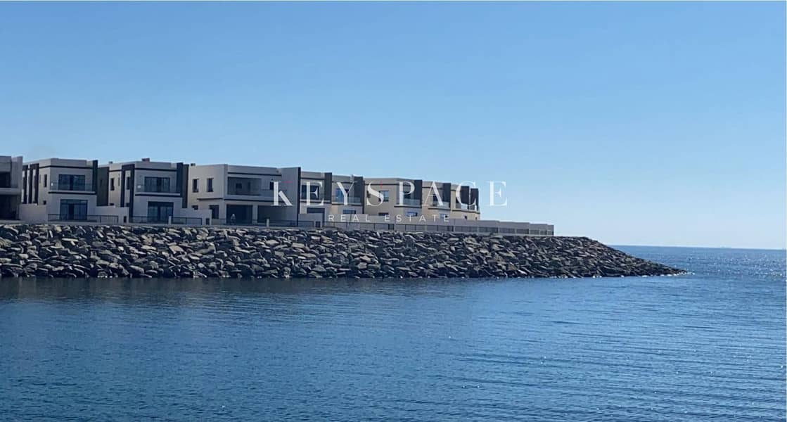 2 Full Sea View| Waterfront Villa| Affordable Payment Plan| 3 Beds Villa