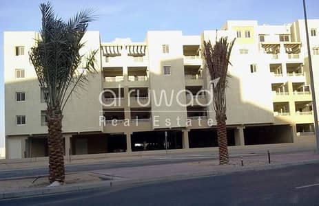Desirable 2BR Male Bachelor Apt in Al Khail Gate