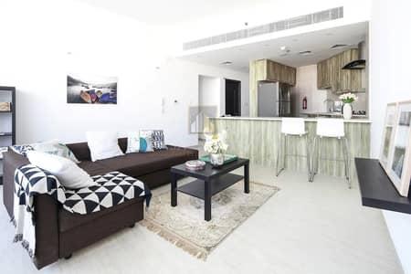 شقة 2 غرفة نوم للايجار في مدينة دبي الرياضية، دبي - High End Furnished 2BR with Balcony Community View
