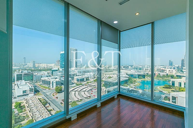 20 Fully Fitted Office in Arenco Tower SZR