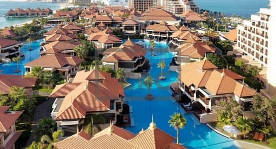 شقة فندقية 5 غرف نوم للبيع في نخلة جميرا، دبي - Luxury Hotel Penthouse living on the Palm Jumeirah