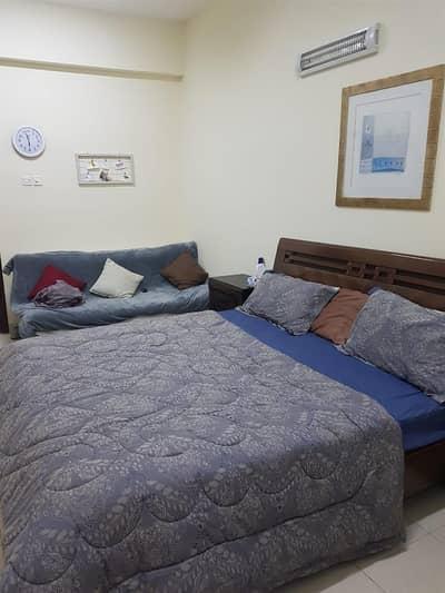 فلیٹ 1 غرفة نوم للايجار في ديرة، دبي - villa sharing rooms `